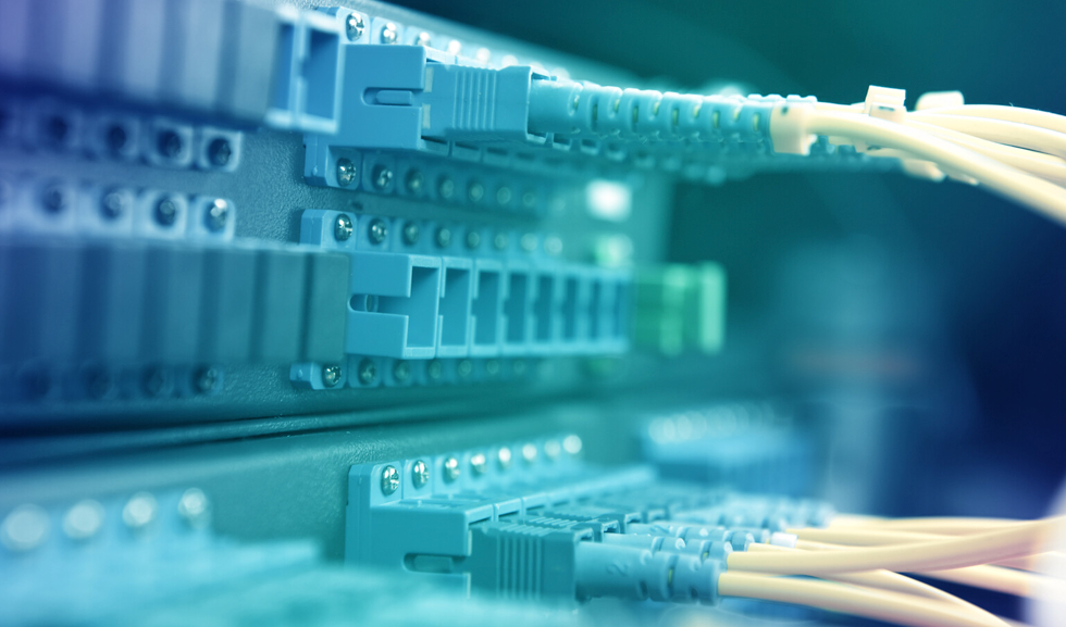 Understanding the difference between PTP and Synchronous Ethernet